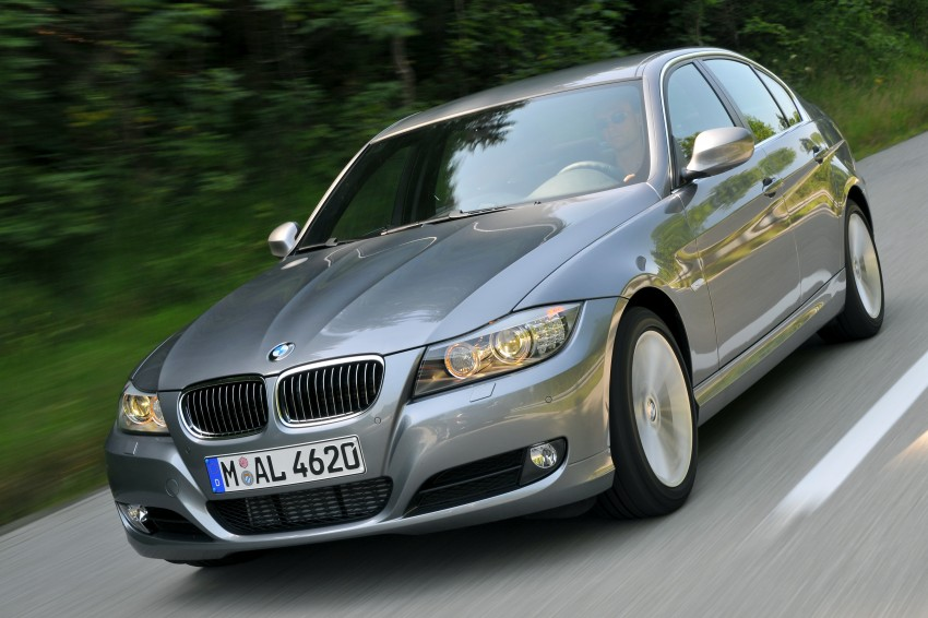 2009 BMW 335i and 330d LCI Review Image #273589