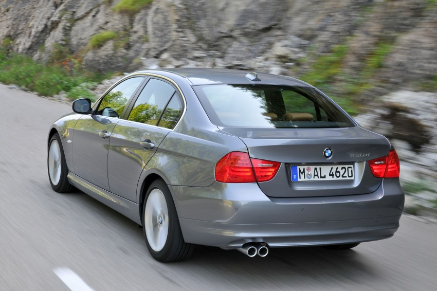 2009 BMW 335i and 330d LCI Review Image #273588