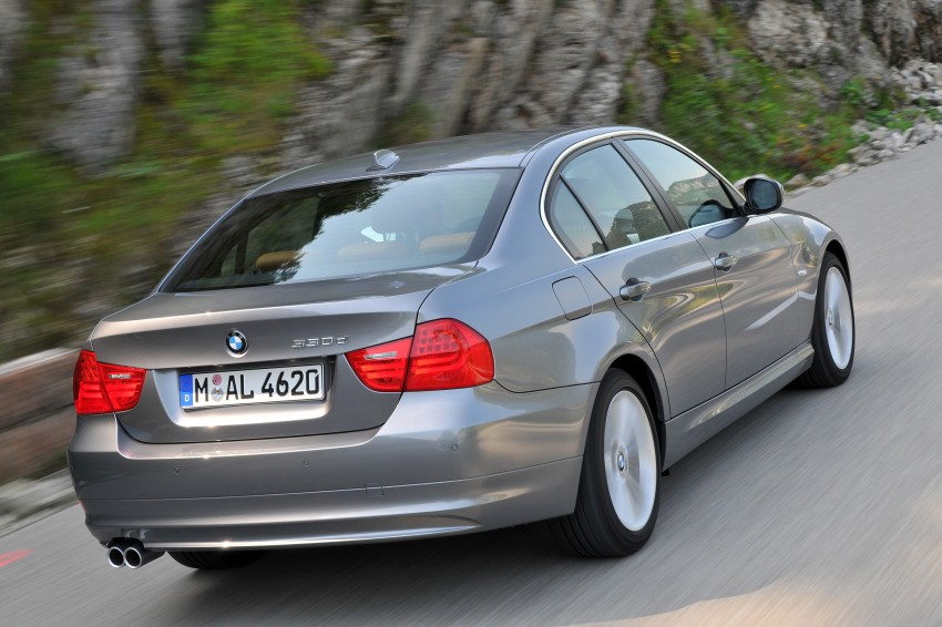 2009 BMW 335i and 330d LCI Review Image #273587