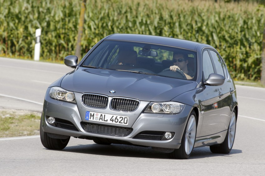 2009 BMW 335i and 330d LCI Review Image #273584