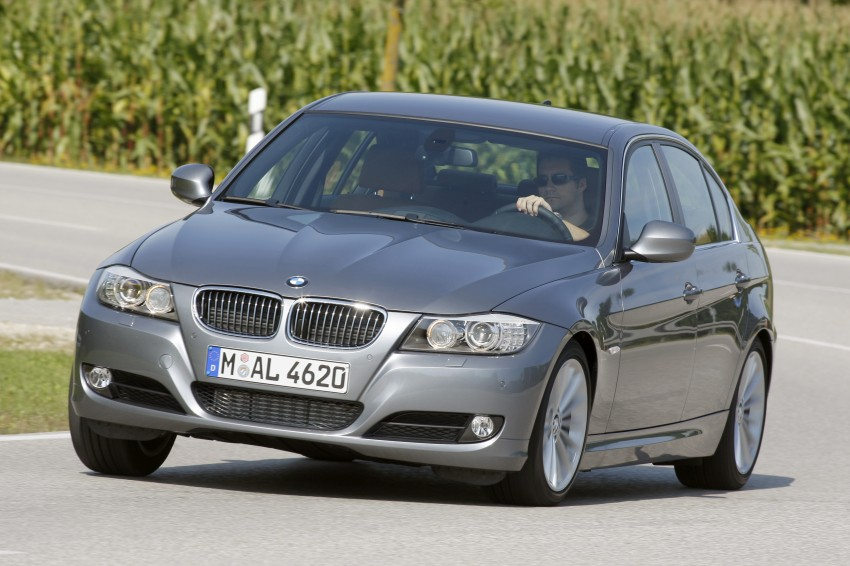 2009 BMW 335i and 330d LCI Review Image #273579