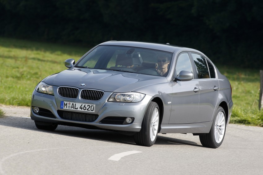 2009 BMW 335i and 330d LCI Review Image #273573