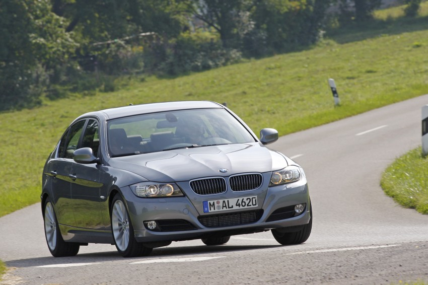 2009 BMW 335i and 330d LCI Review Image #273572