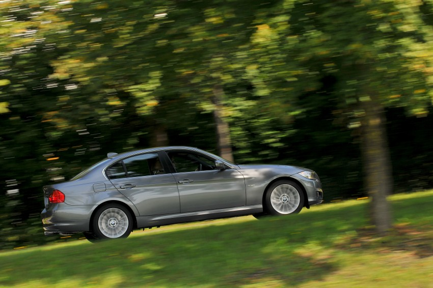 2009 BMW 335i and 330d LCI Review Image #273568