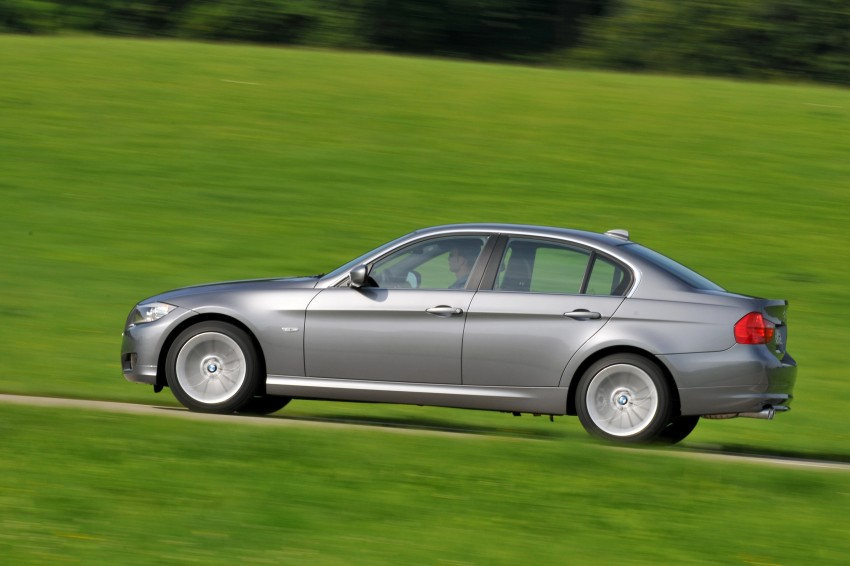 2009 BMW 335i and 330d LCI Review Image #273567
