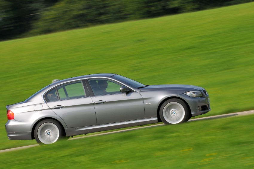 2009 BMW 335i and 330d LCI Review Image #273566