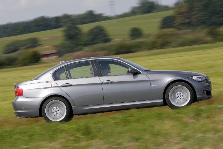 2009 BMW 335i and 330d LCI Review Image #273565