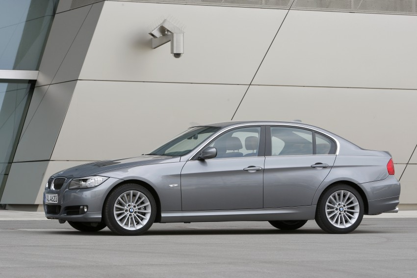 2009 BMW 335i and 330d LCI Review Image #273561