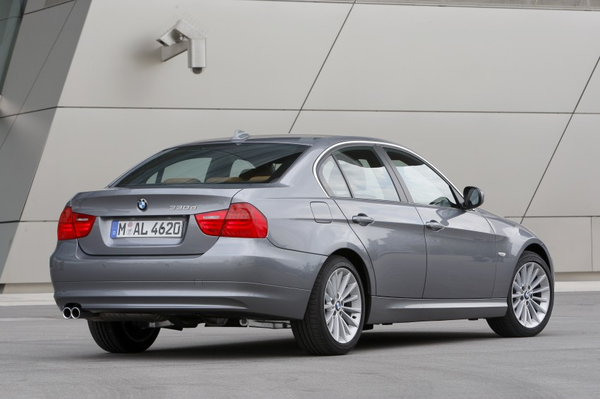 2009 BMW 335i and 330d LCI Review Image #273560