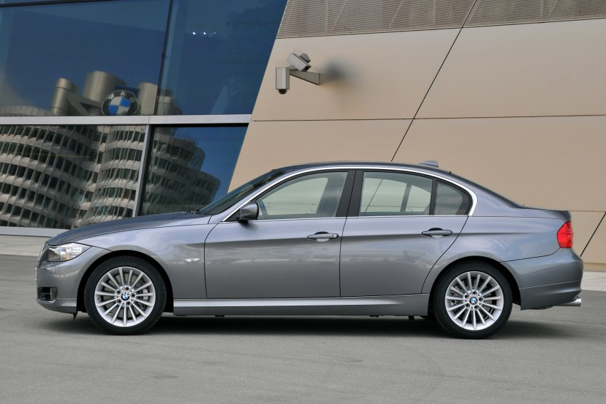 2009 BMW 335i and 330d LCI Review Image #273557