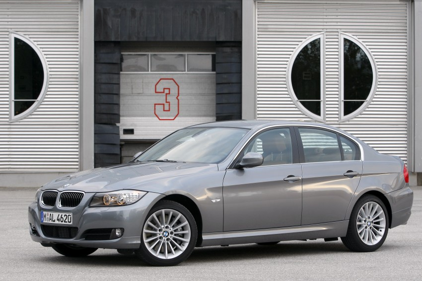 2009 BMW 335i and 330d LCI Review Image #273554