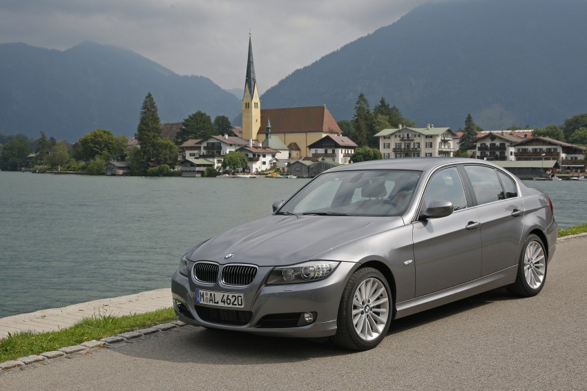 2009 BMW 335i and 330d LCI Review Image #273549