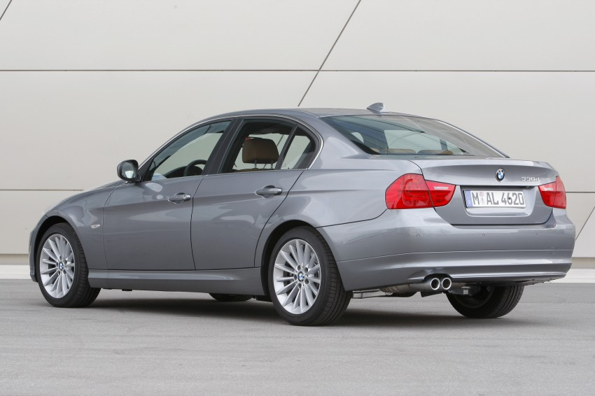 2009 BMW 335i and 330d LCI Review Image #273545