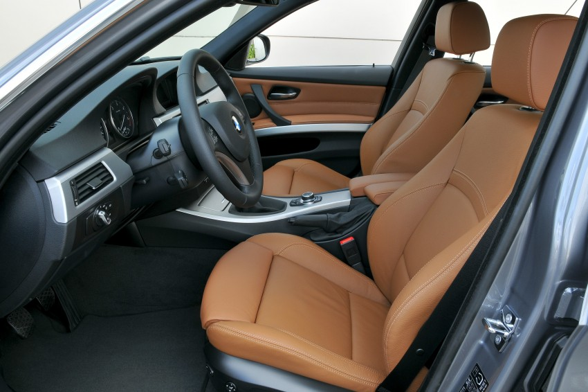 2009 BMW 335i and 330d LCI Review Image #273543
