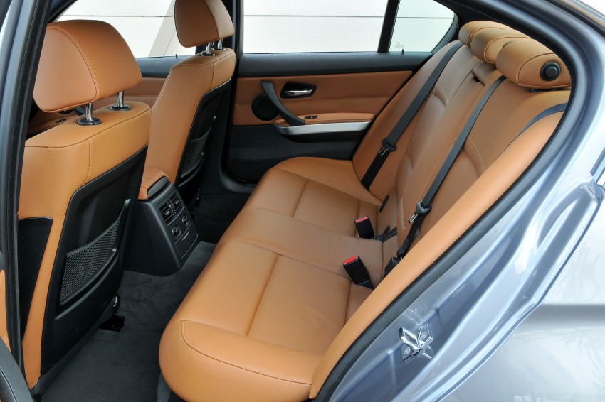 2009 BMW 335i and 330d LCI Review Image #273542
