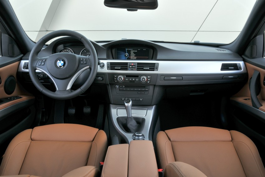 2009 BMW 335i and 330d LCI Review Image #273540