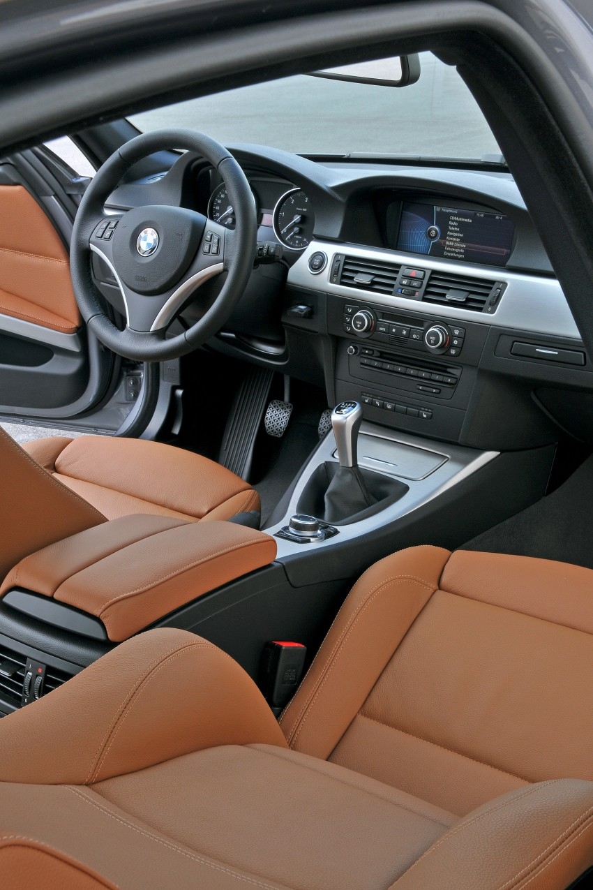 2009 BMW 335i and 330d LCI Review Image #273536