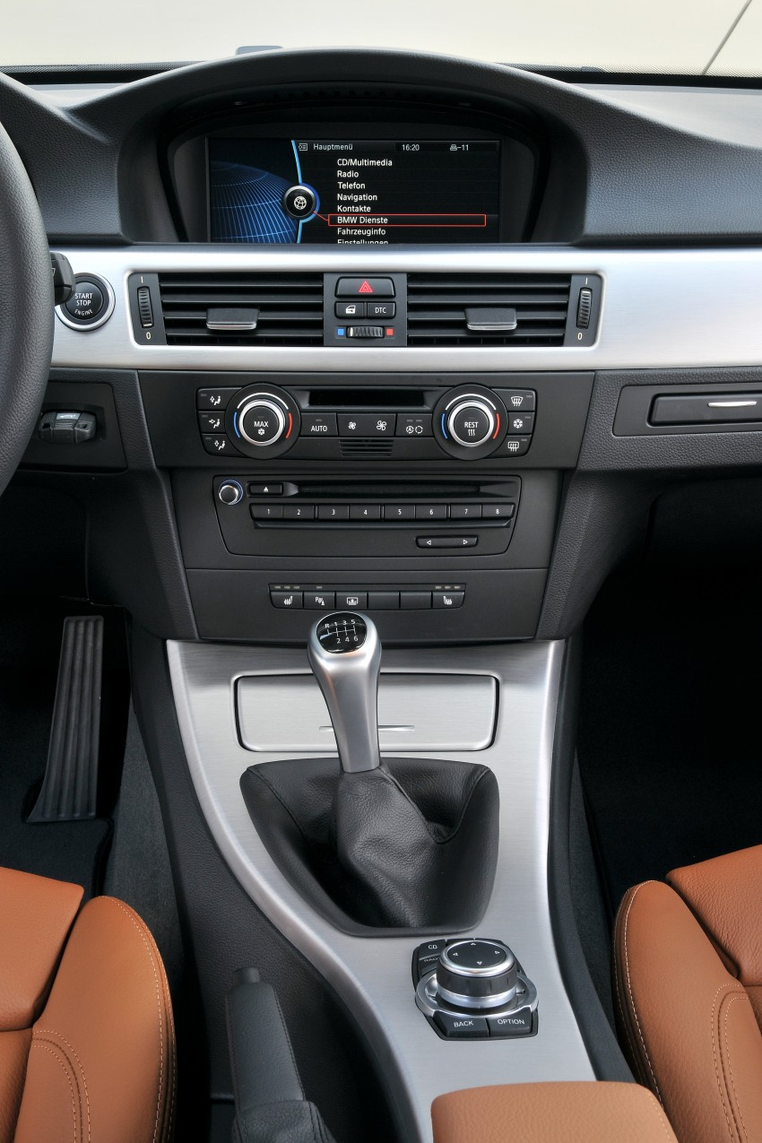 2009 BMW 335i and 330d LCI Review Image #273534