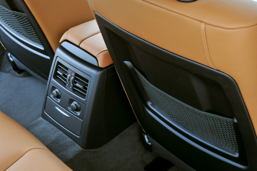 2009 BMW 335i and 330d LCI Review Image #273526