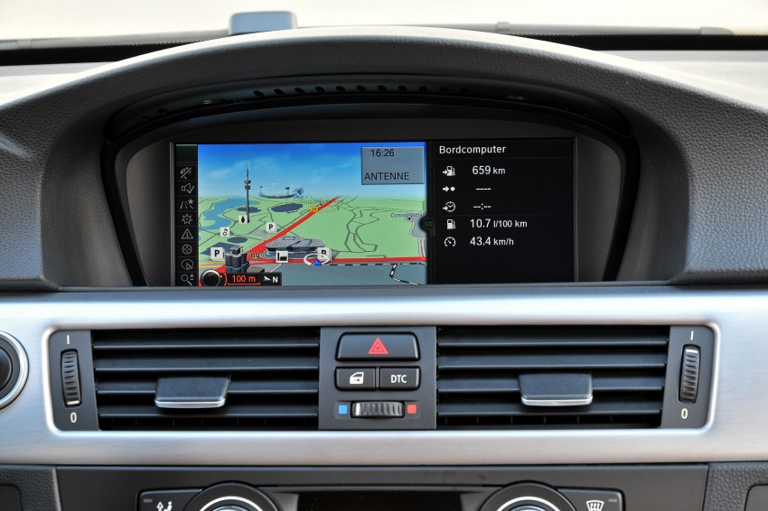 2009 BMW 335i and 330d LCI Review Image #273520