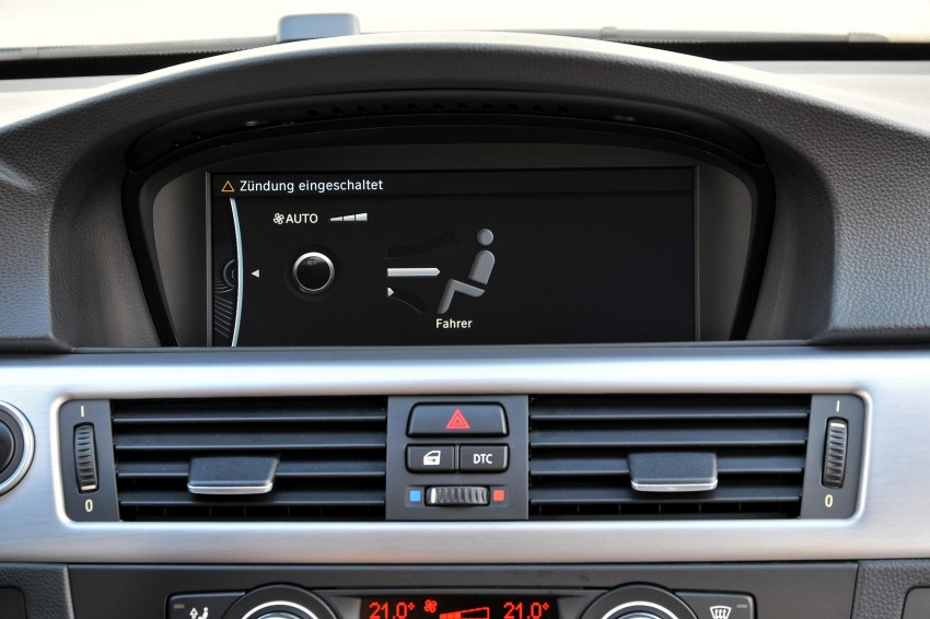 2009 BMW 335i and 330d LCI Review Image #273518