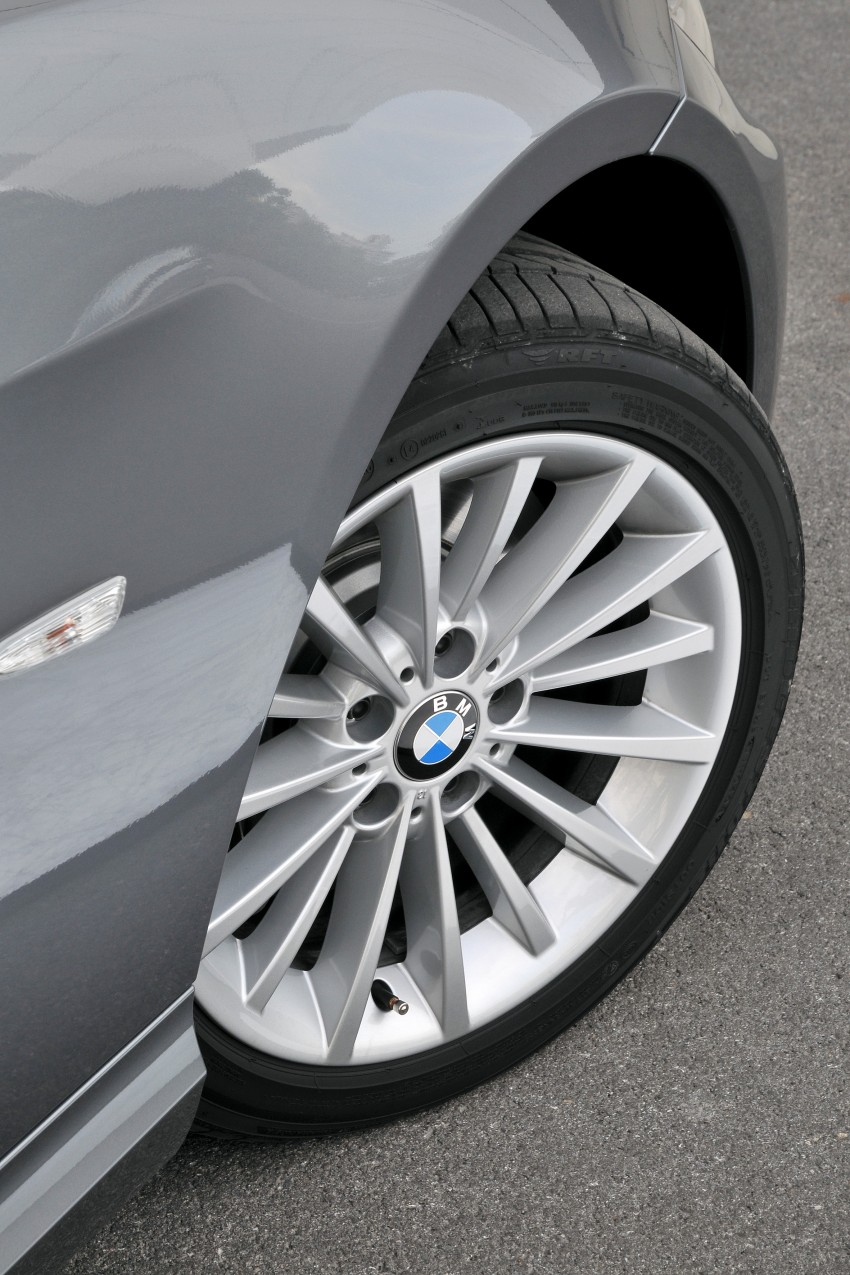2009 BMW 335i and 330d LCI Review Image #273512