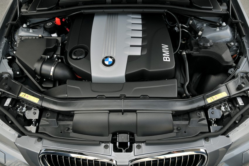 2009 BMW 335i and 330d LCI Review Image #273506