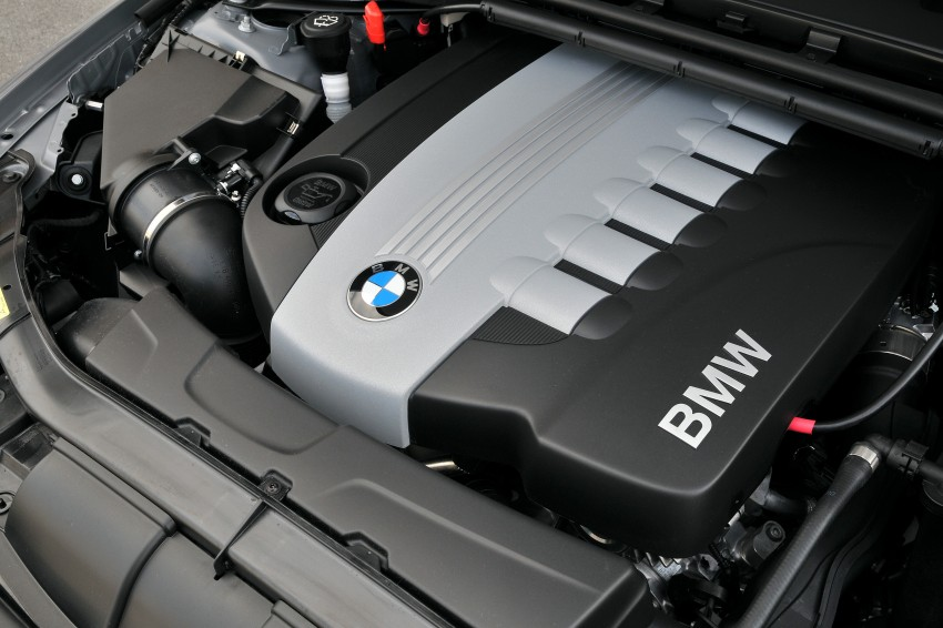 2009 BMW 335i and 330d LCI Review Image #273505