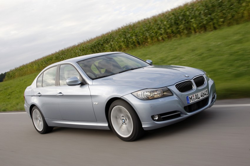 2009 BMW 335i and 330d LCI Review Image #273678