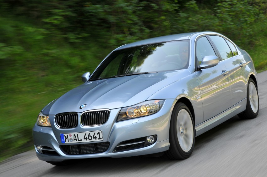 2009 BMW 335i and 330d LCI Review Image #273668
