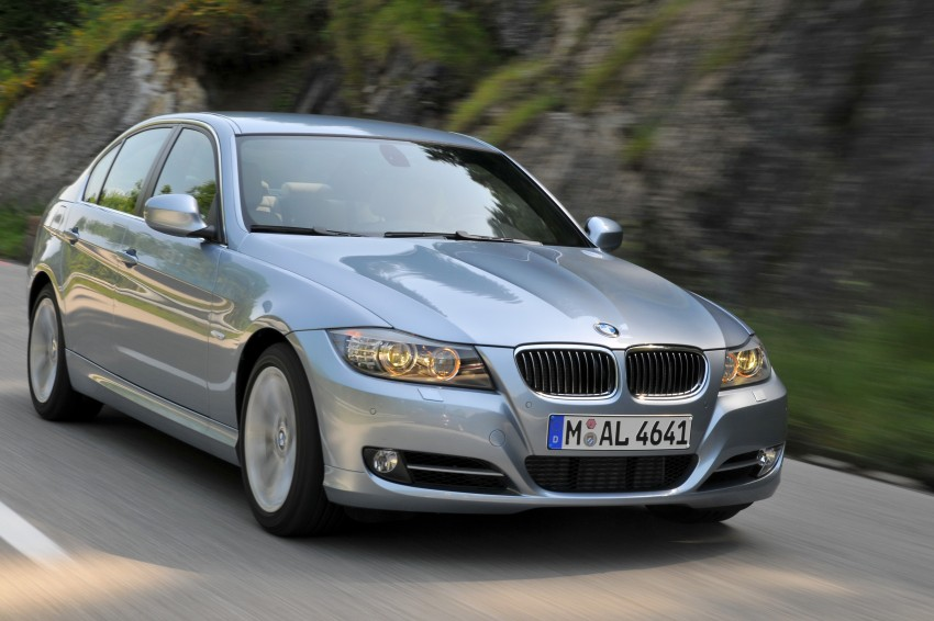 2009 BMW 335i and 330d LCI Review Image #273667
