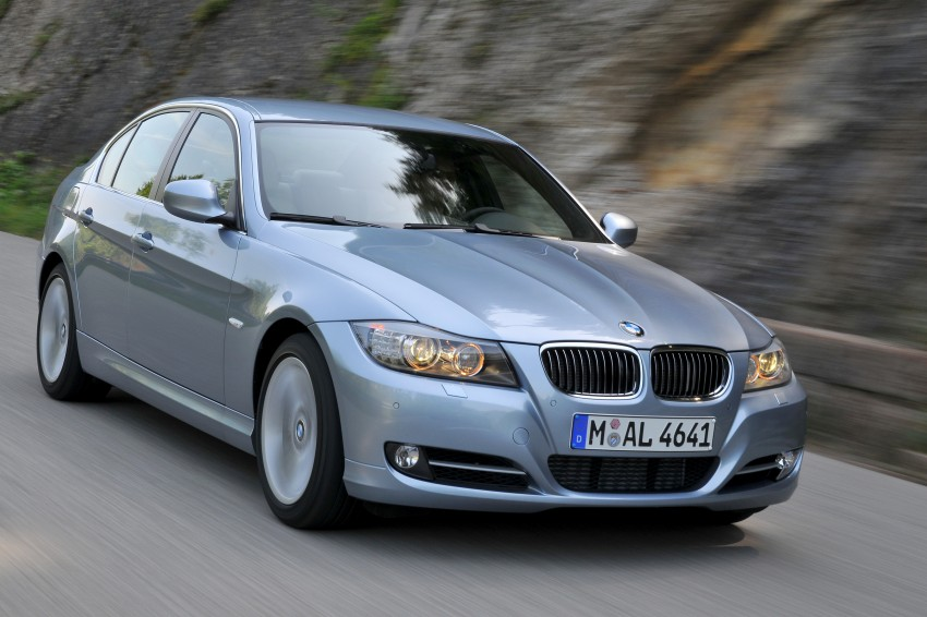 2009 BMW 335i and 330d LCI Review Image #273666