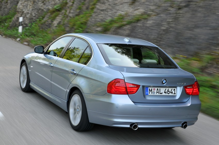 2009 BMW 335i and 330d LCI Review Image #273665