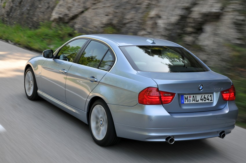 2009 BMW 335i and 330d LCI Review Image #273664
