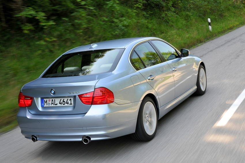 2009 BMW 335i and 330d LCI Review Image #273663