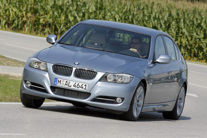 2009 BMW 335i and 330d LCI Review Image #273661