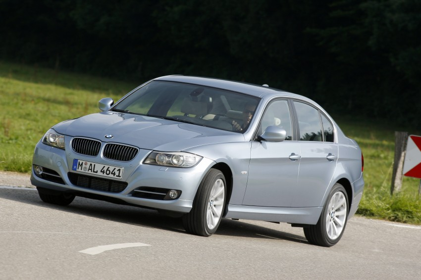 2009 BMW 335i and 330d LCI Review Image #273655