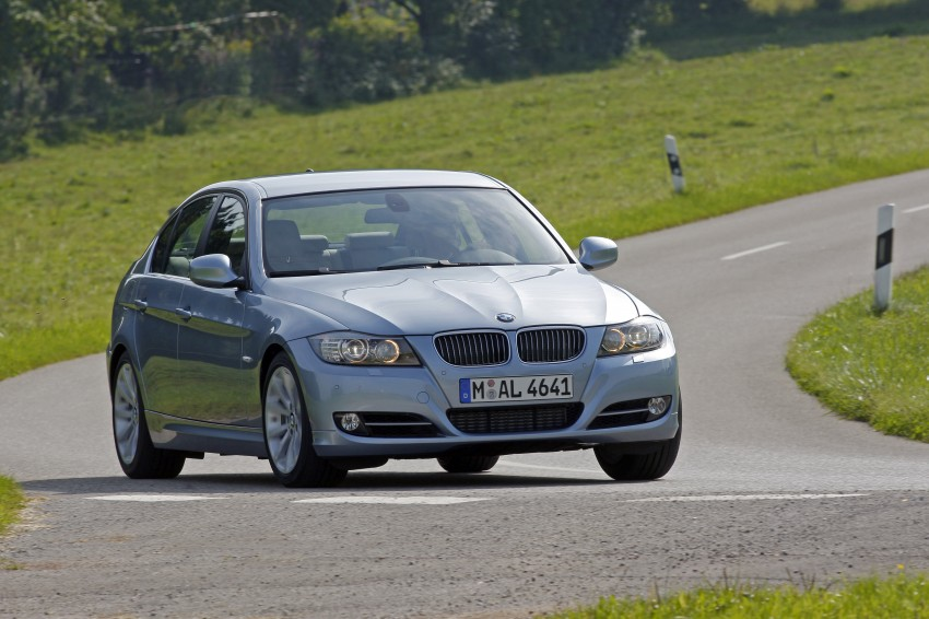 2009 BMW 335i and 330d LCI Review Image #273652