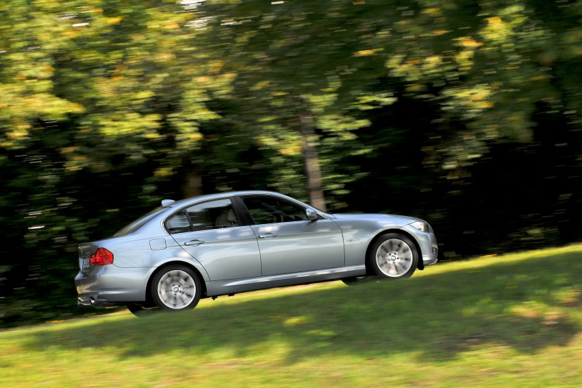 2009 BMW 335i and 330d LCI Review Image #273649