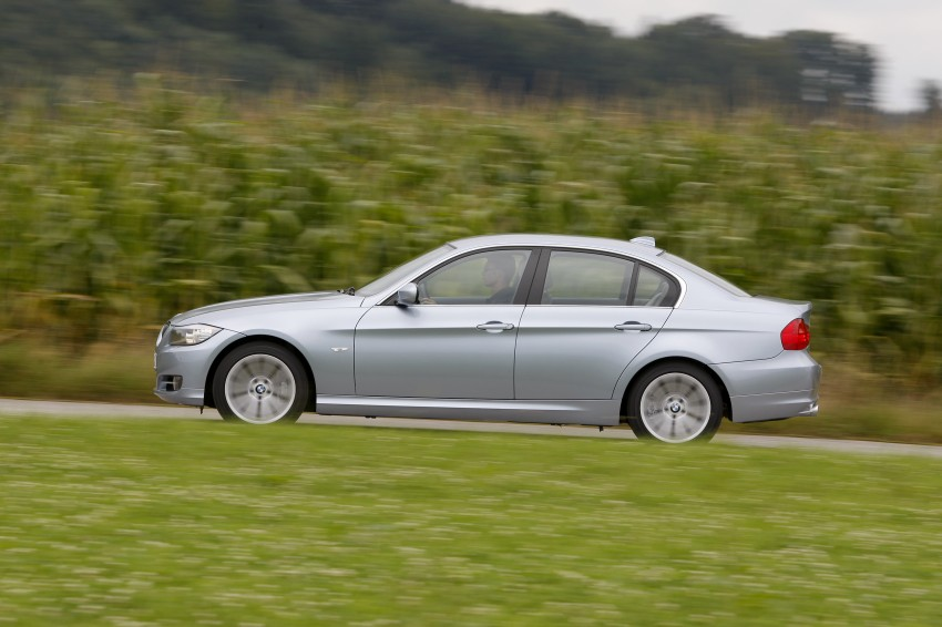 2009 BMW 335i and 330d LCI Review Image #273647