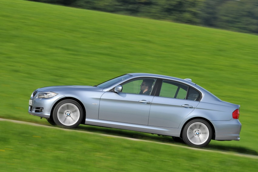 2009 BMW 335i and 330d LCI Review Image #273644