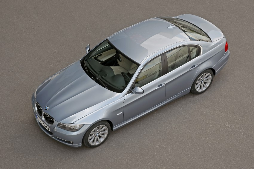 2009 BMW 335i and 330d LCI Review Image #273641