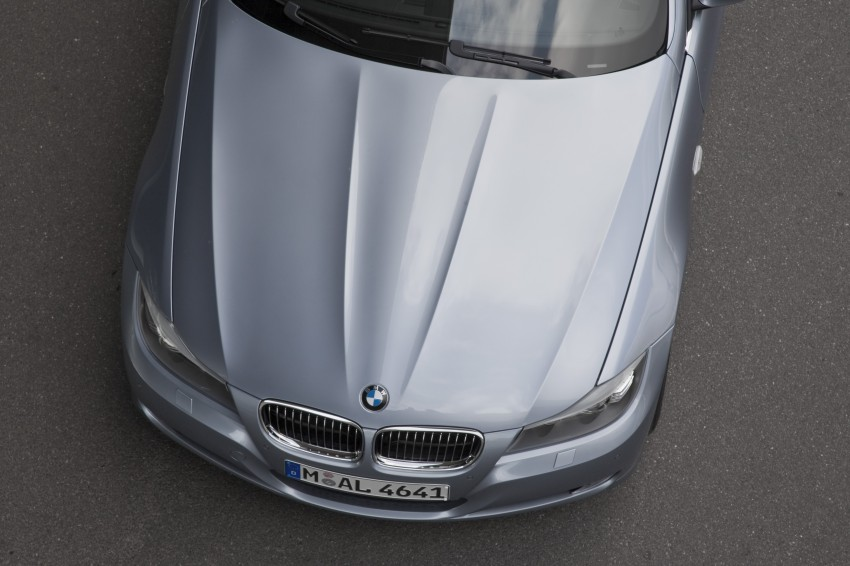 2009 BMW 335i and 330d LCI Review Image #273640