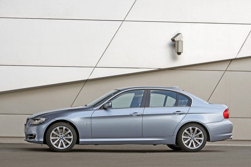 2009 BMW 335i and 330d LCI Review Image #273639