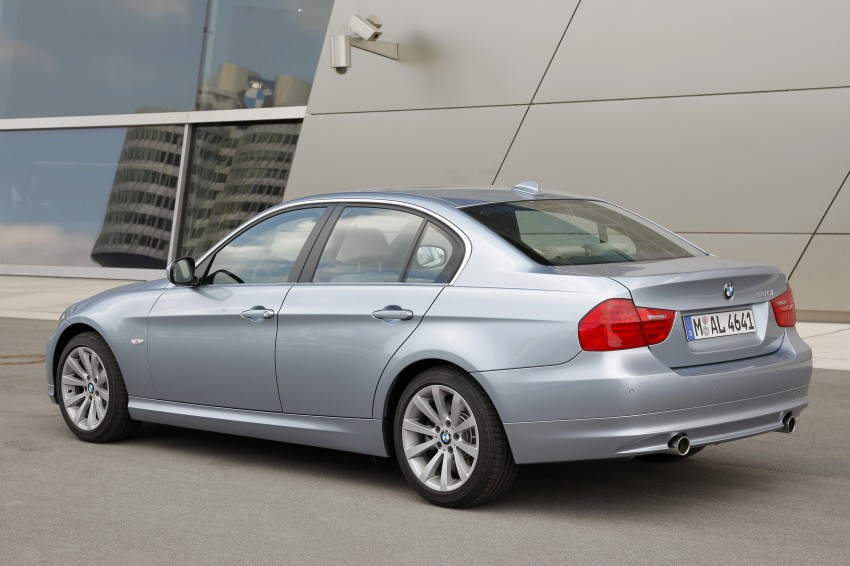 2009 BMW 335i and 330d LCI Review Image #273637