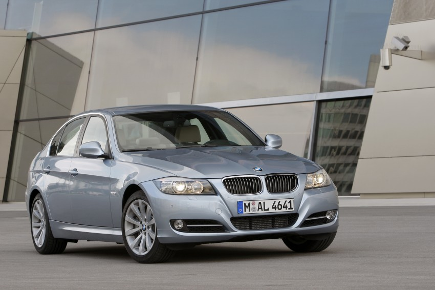 2009 BMW 335i and 330d LCI Review Image #273636