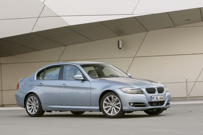 2009 BMW 335i and 330d LCI Review Image #273633