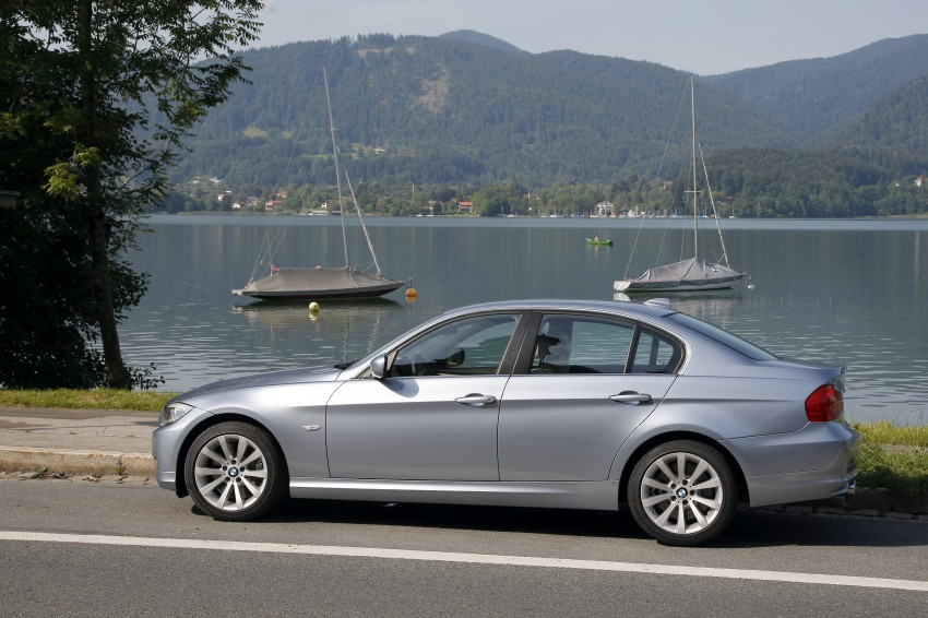 2009 BMW 335i and 330d LCI Review Image #273630