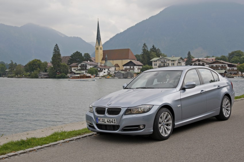 2009 BMW 335i and 330d LCI Review Image #273627