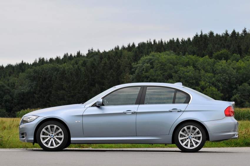 2009 BMW 335i and 330d LCI Review Image #273625